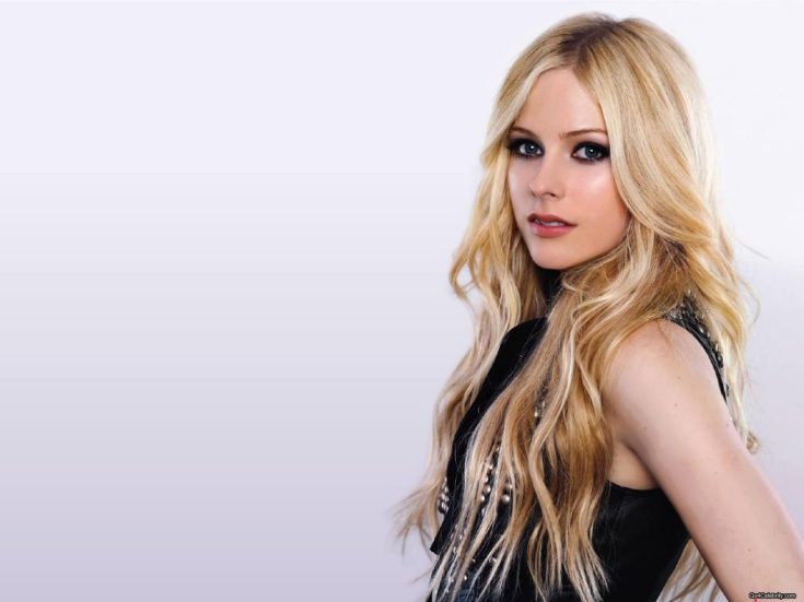 Avril-Lavigne-gangster-girl-30638851-1600-1200