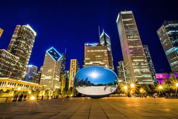 Chicago-Bean-at-Night-and-Day-Chicago-Illinois-United-States-485x728