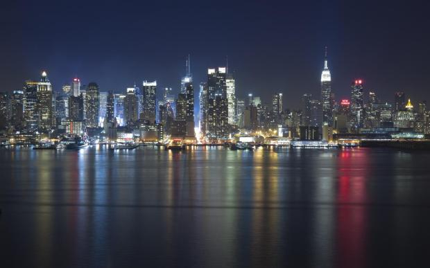 chicago-night-skyline-lights-river-reflections-hudson-cityscape-216011