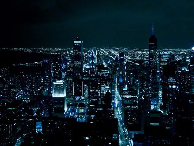 inspiringwallpapers.net-chicago-at-night-640x480