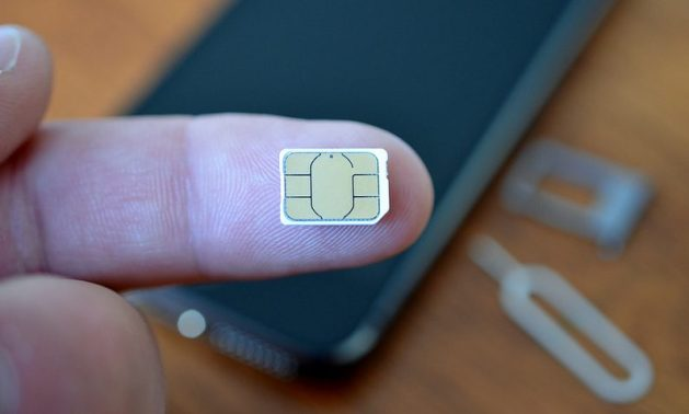 fix iPhone Says No SIM Card, Invalid SIM, Or SIM Card Failure
