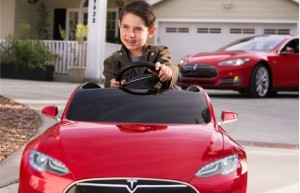 tesla-model-s-for-kids-by-radio-flyer_100545713_m