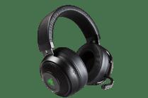 Headphones_ZL-1400x933