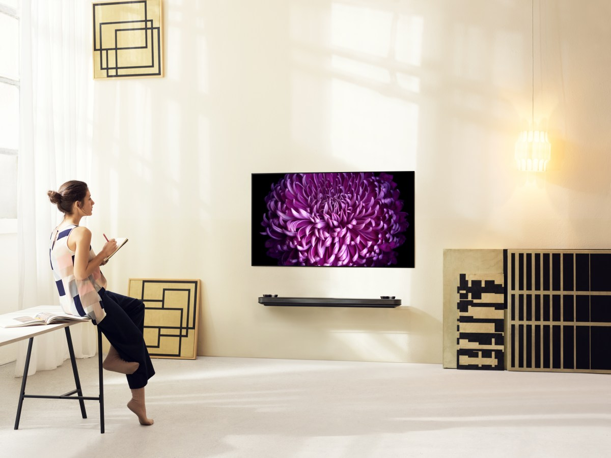 LG Raises the Bar for Home Entertainment