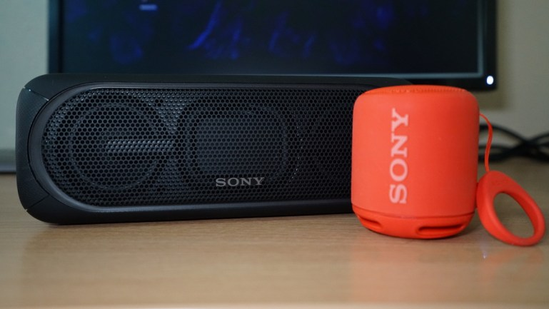 Sony SRS-XB40 and SRS-XB10