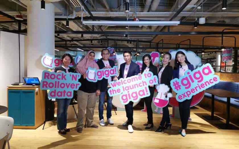 StarHub's giga lets you to rollover your mobile data