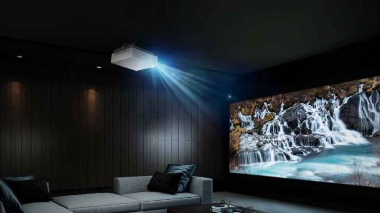 New LG CineBeam Projector elevates home movie viewing experience