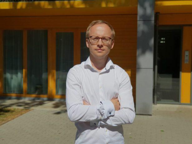 Karl Vaan - profile.jpg
