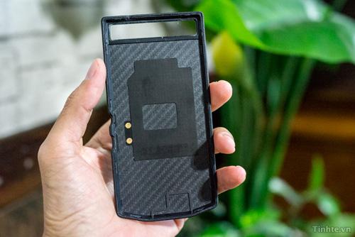 BlackBerry Porsche Design P'9982 leak (3)