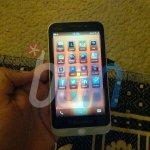 Το Οικονομικό BlackBerry C-Series Σε Φωτογραφία