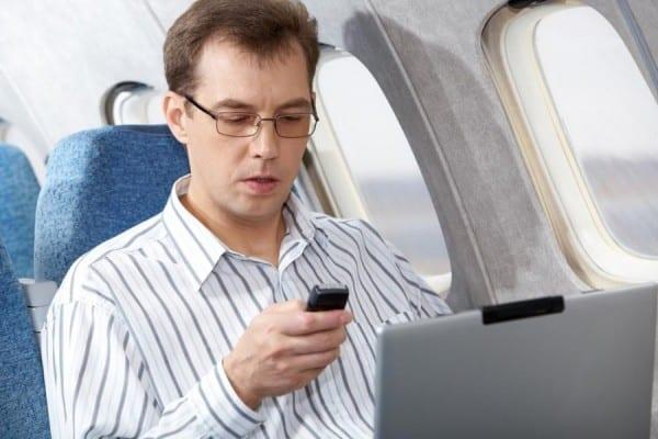 Κινητά στο Αεροπλάνο
