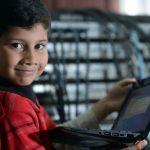5-χρονος Πέρασε Τις Εξετάσεις Της Microsoft Για Επαγγελματίες