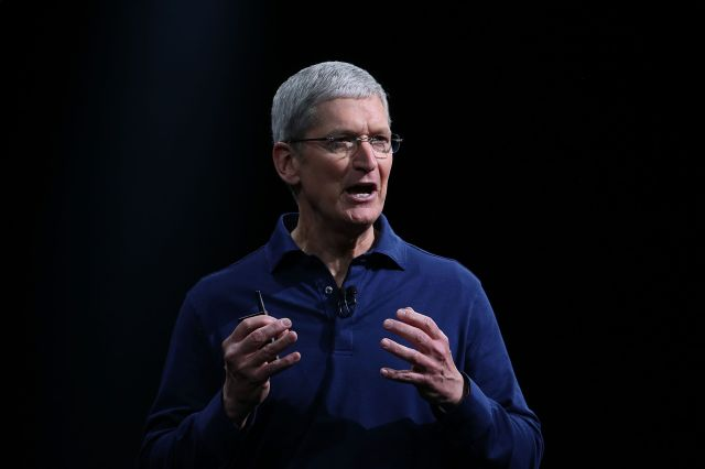 Apple's Tim Cook makes blistering attack on the 'data industrial complex' – TechCrunch