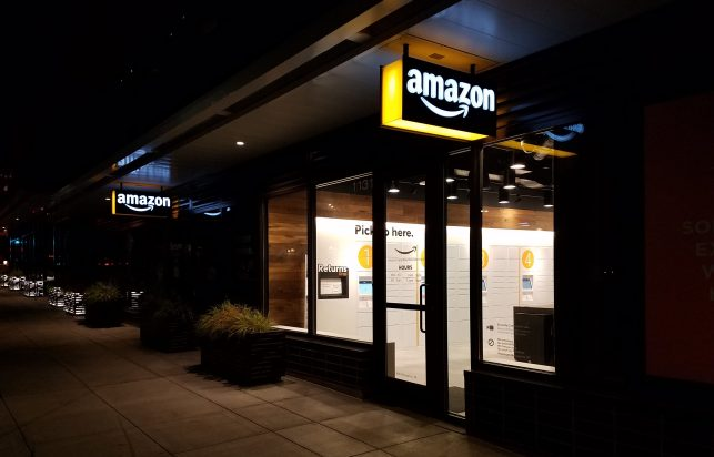 Seattle gets its first staffed Amazon pickup delivery hub