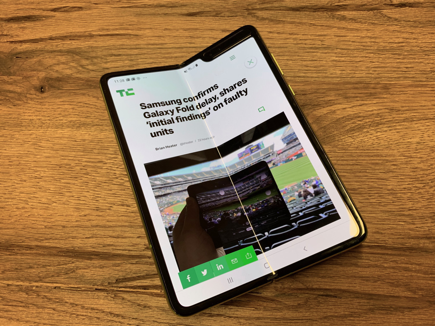 Att Has Cancelled Early Orders For The Samsung Galaxy Fold