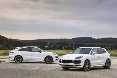 {focus_keyword} Porsche packs the power into its newest Cayenne plug-in hybrids porsche hybrid plug in 3