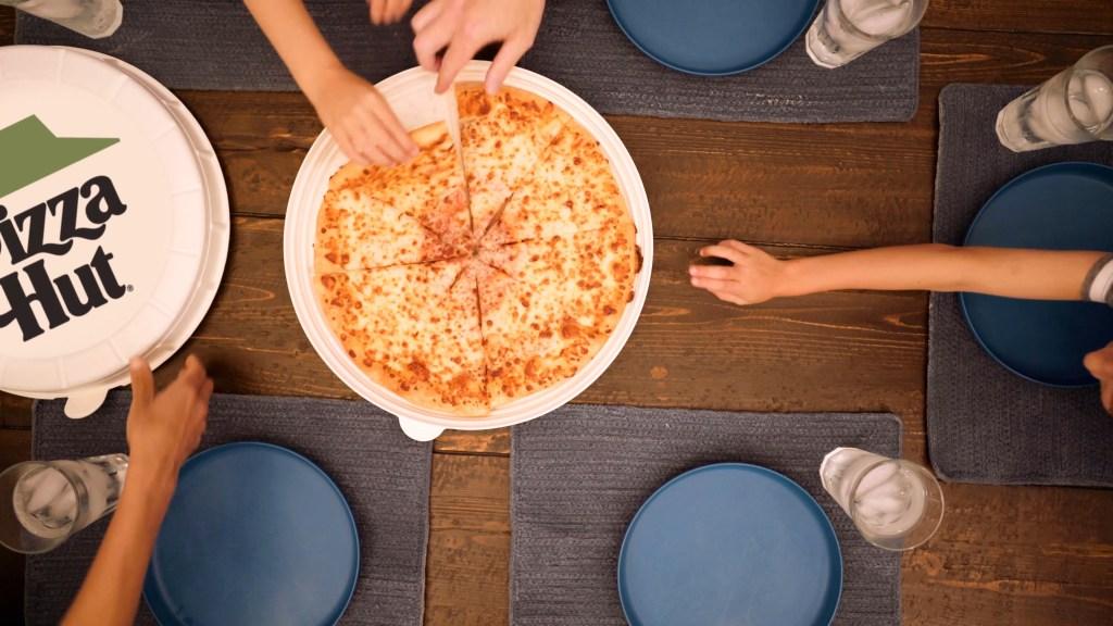 Pizza Hut Zume Dinnertime the Round Box 02