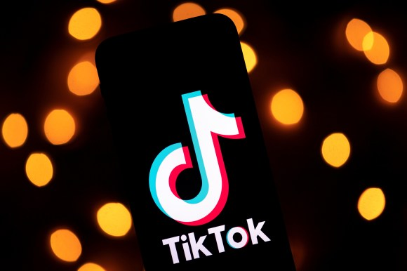 TikTok expands mental health resources, as negative reports of Instagram's effect on teens leak – TechCrunch