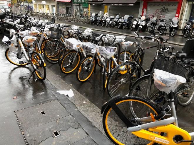A dozen Bikes from Obike in Paris