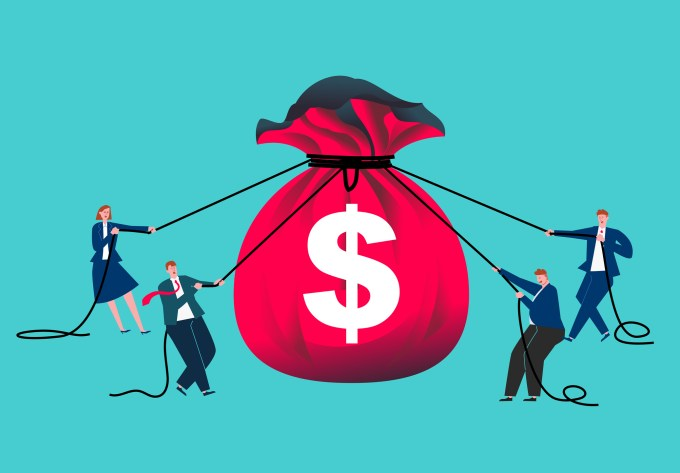 Four business people used ropes to tighten their money bags, economic austerity, reduced income, economic crisis