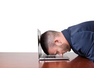 macbook_air_headdesk_techcult