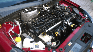 The 2009 Ford Focus SES coupe (North America) engine bay