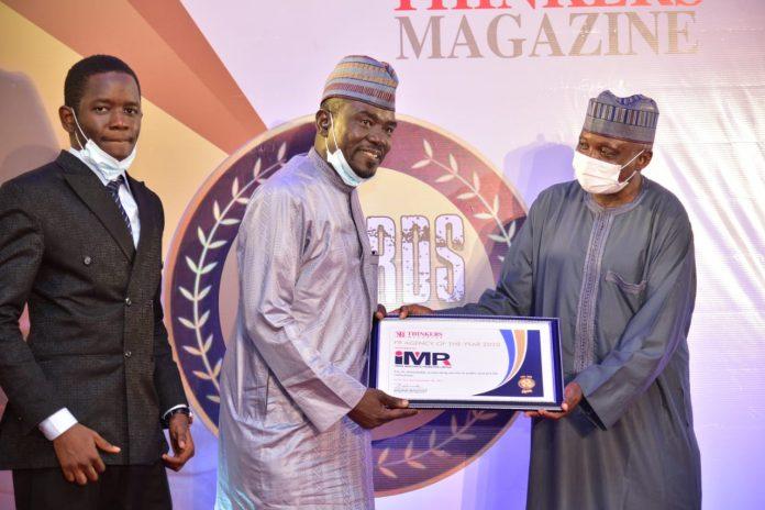 Alh Yushau Shuaib of IMPR receives Thinkers award from Mallam Garba Shehu