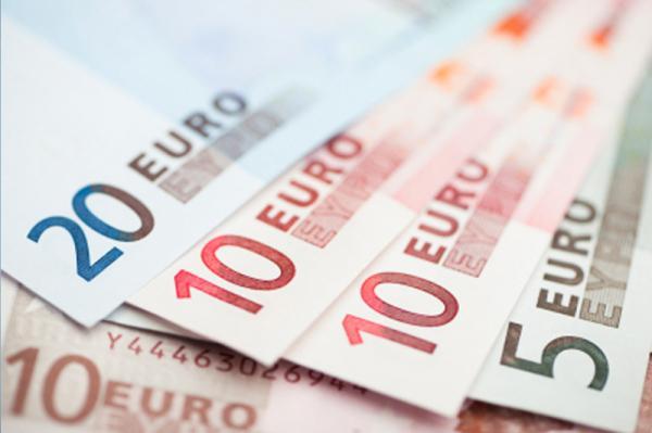 Во Франции производители шампанского радуются слабому евро
