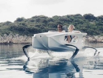 The Electric Hydrofoil Flies With Finesse