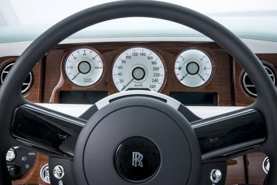 rolls-royce_100503035_l