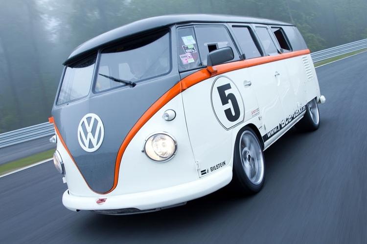 fb1-race-taxi-1