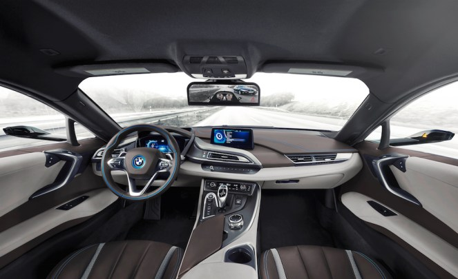 3586633_003-bmw-i8-mirrorless-1