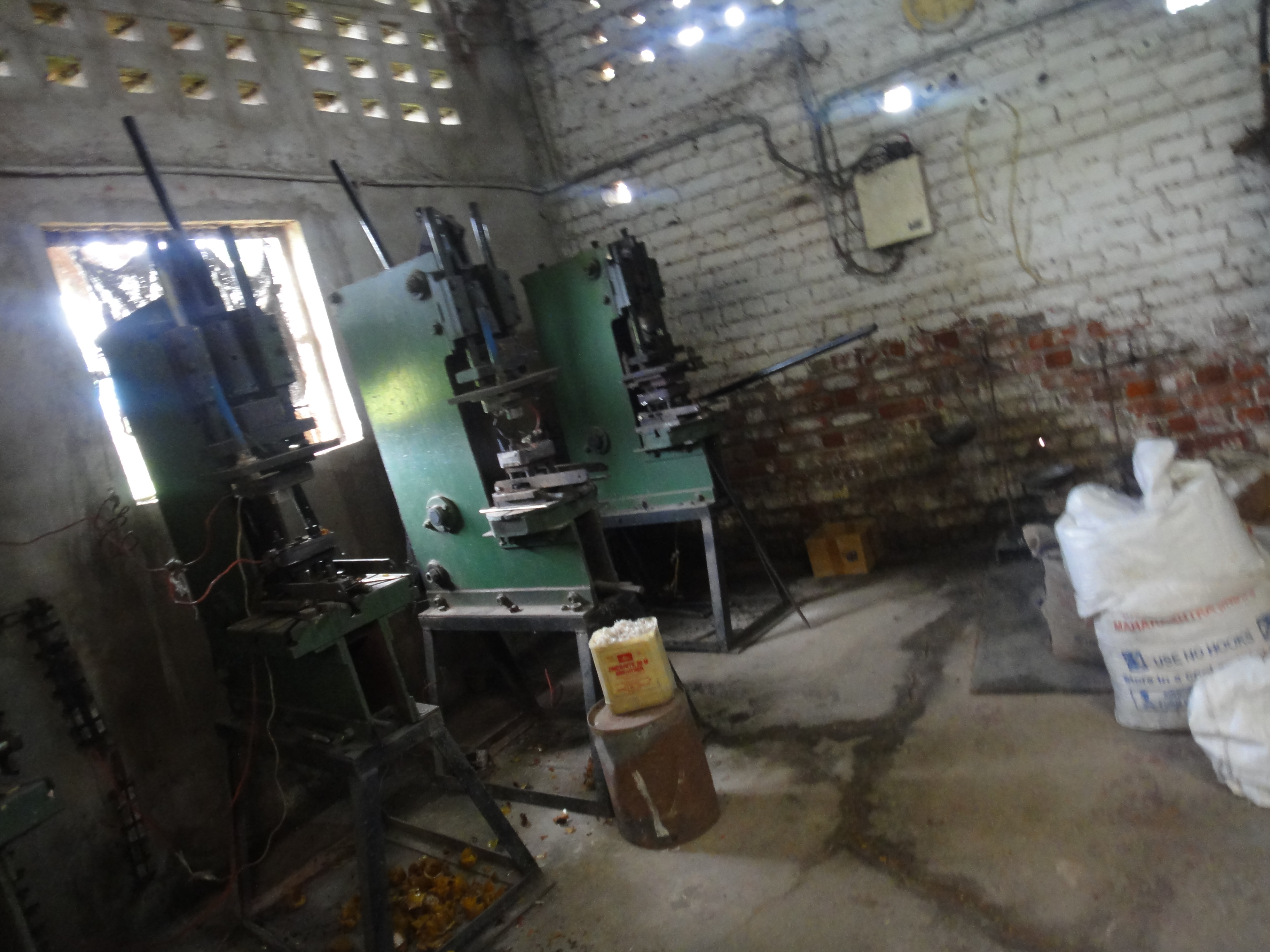 Backelite molding process