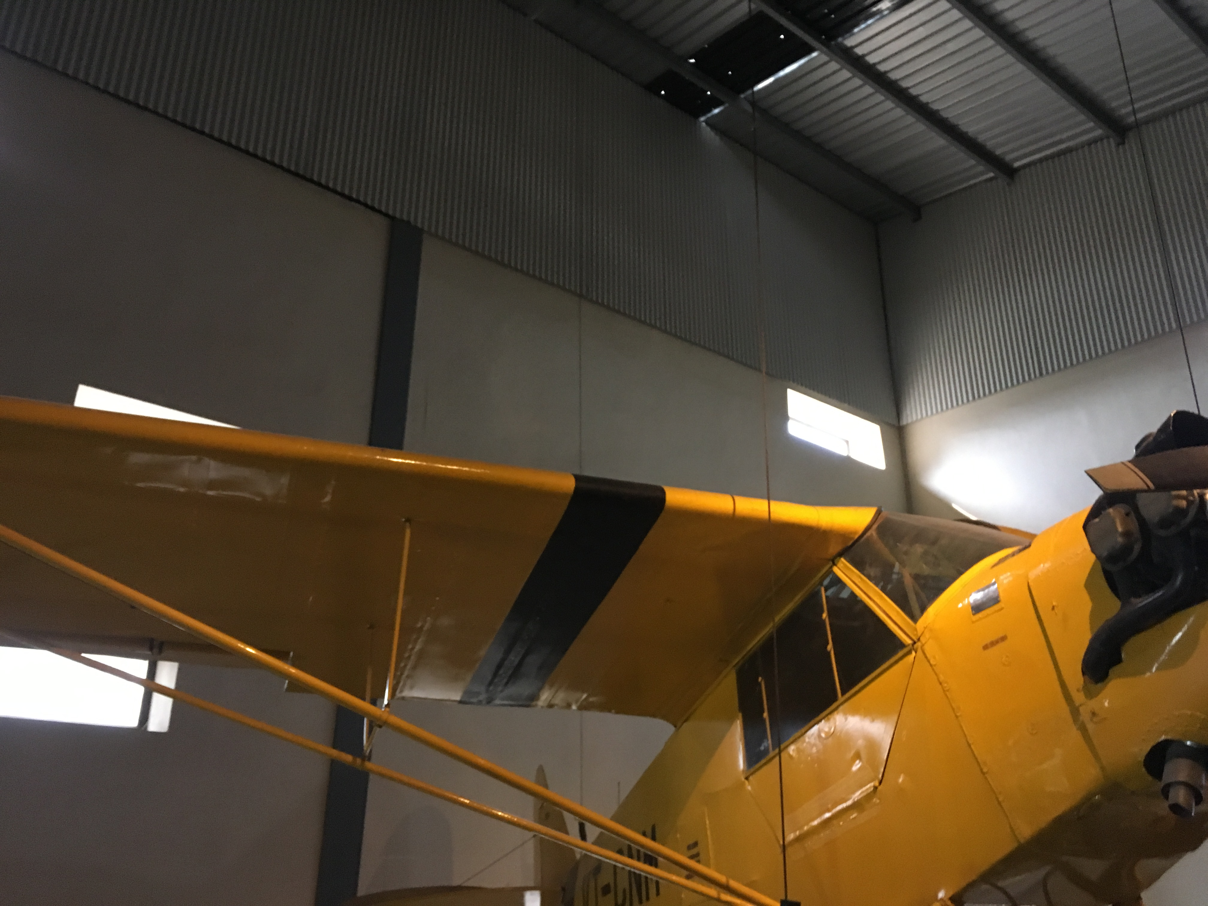 Right side profile of a piper cub aircraft