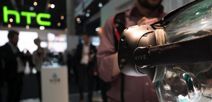 HTC-vive-consumer-version-final-MWC-2016-PingWest-Photo-By-Hao-Ying-20.jpg-750x0