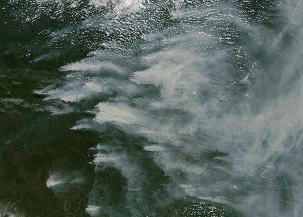 south-carolina-sized-siberian-region-covered-in-smoke-and-flame-e1469420848536
