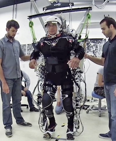 paraplegic-robotics-exoskeleton-suit