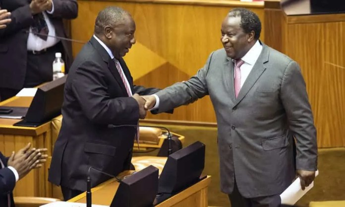 Does the budget tabled by Finance Minister Tito Mboweni (right) speak to President Cyril Ramaphosa's (left) vision of the new economy? Getty Images
