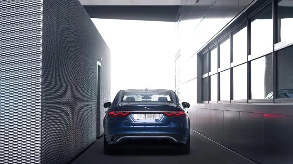 New Jaguar XF: Beautiful, luxurious, connected