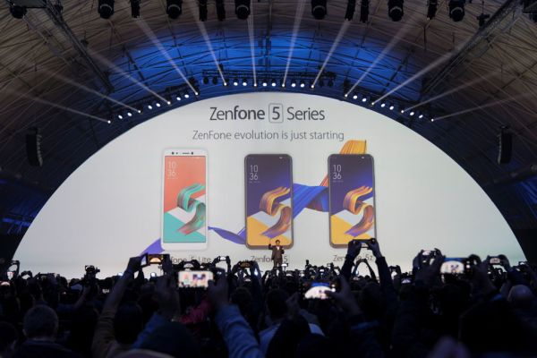 ASUS ZenFone 5 Series at MWC 2018
