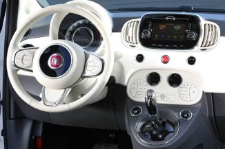 I servizi live TomTom a bordo della nuova Fiat 500