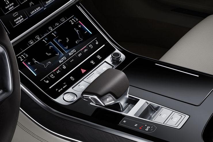 Nuance Dragon Drive, l'intelligenza artificiale per Audi A8