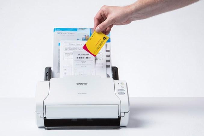 Brother ADS-2200 e ADS-2700W, scanner veloci e compatti