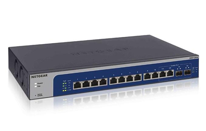 Netgear XS512EM e XS724EM, switch a cinque velocità