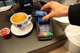 Nuovo pagamento contactless: Microsoft collabora con ATM