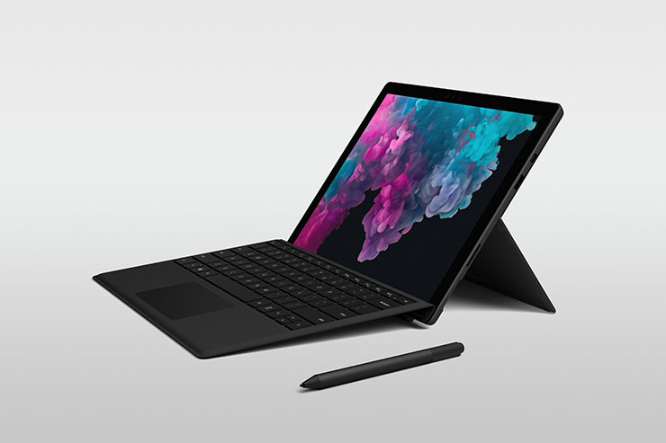 Microsoft, prevendita per Surfare Pro 6 e Surface Laptop 2