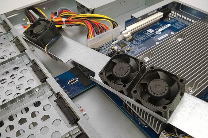 QNAP TVS-972XU, nove drive bay per il tiering avanzato