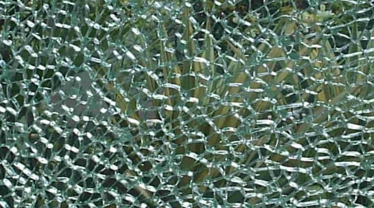 Safety Glass_ accidental invention