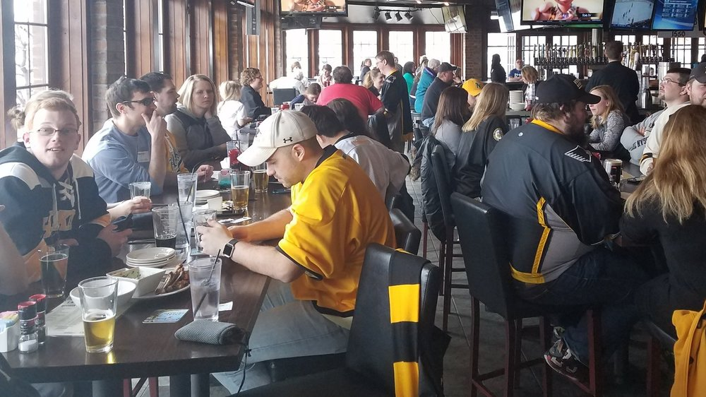 There were nearly 30 Michigan Tech Friends and Alumni at the Minnetonka, MN viewing party. Photo Courtesy: David Heiden (March 25, 2017)
