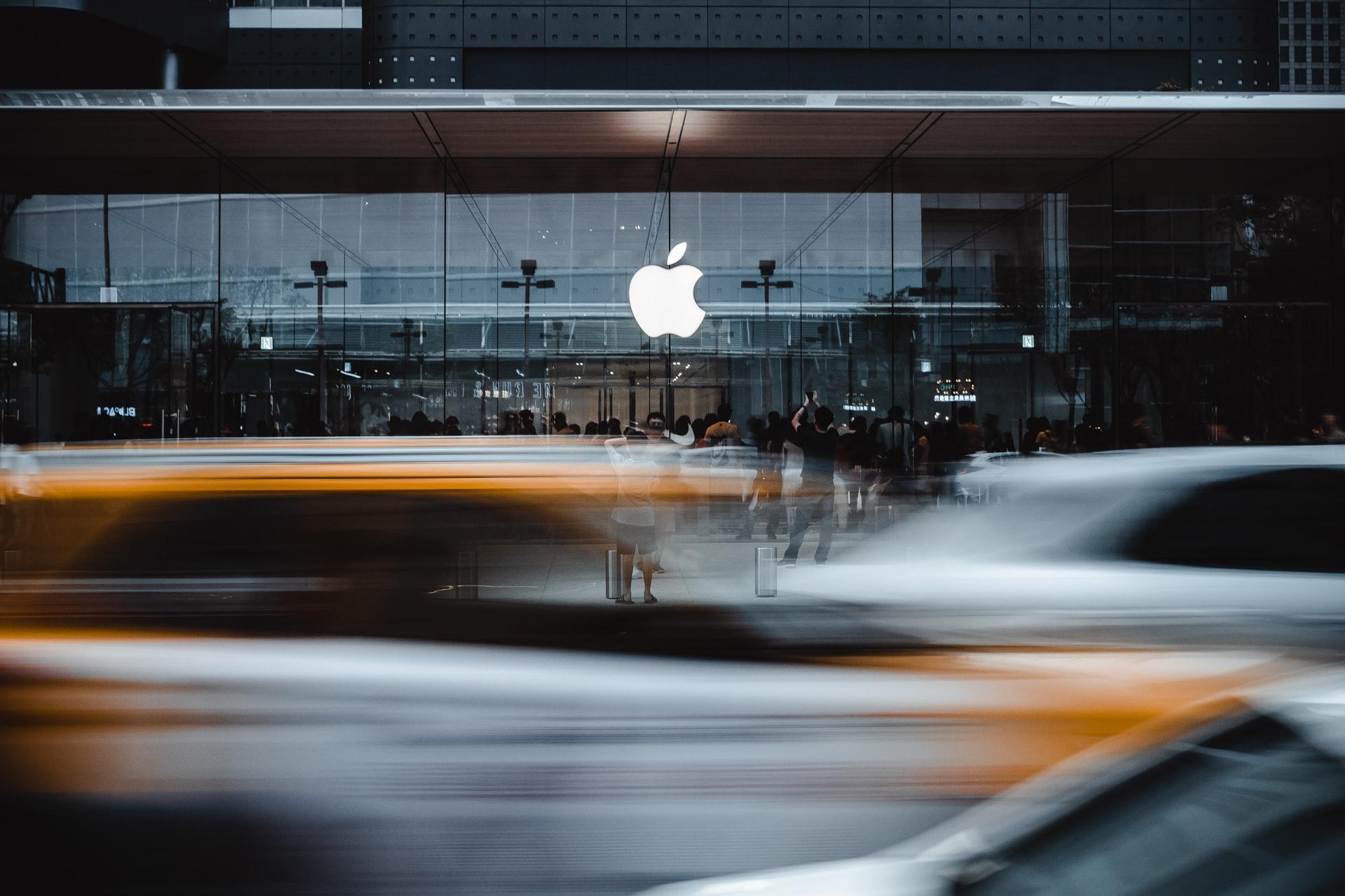 new apple car crisis